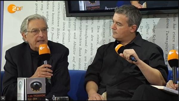 Gerhart Baum und Ilija Trojanow auf der Frankfurter Buchmesse am 15.10.2009. (Screenshot: ZDF)