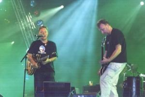 Bernhard Sumner und Peter Hook von New Order